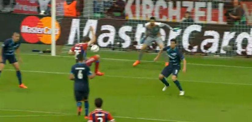Lewandowski trifft zum 3:0 gegen Porto